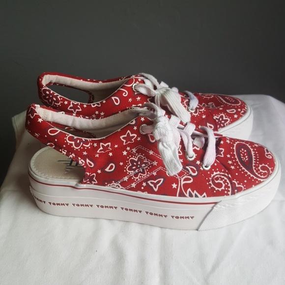 990bec7d003929 Tommy Hilfiger 90s Platform Sneakers Sling Back. M 5a95dec73b1608de4495cfa0